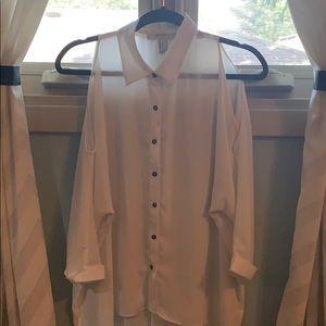 Long flowy button up w cut out shoulders blouse